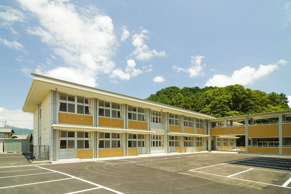 揖斐川中学校北舎‐1